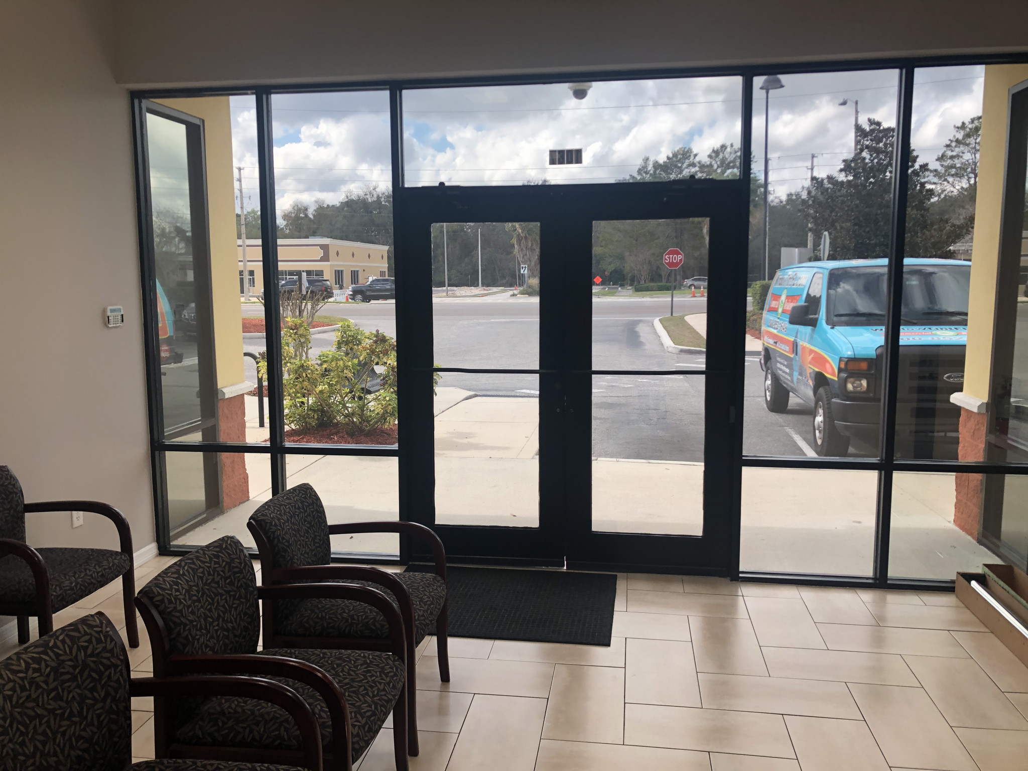 Mirror Privacy Tint for Office in Orlando FL