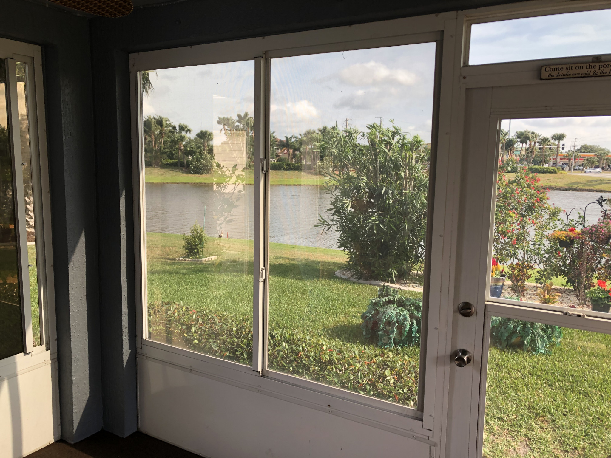 Window Tint Reduces Glare And Heat For Your Home